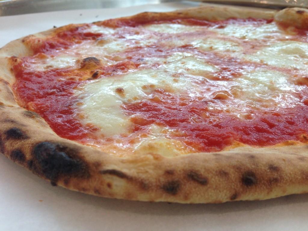pummarola_pizzeria.jpg